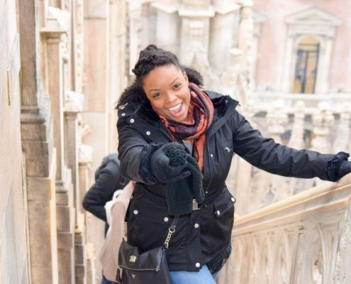 How to travel solo with confidence. Tips for traveling solo as a black woman.