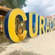 How much does a trip to Curaçao cost?