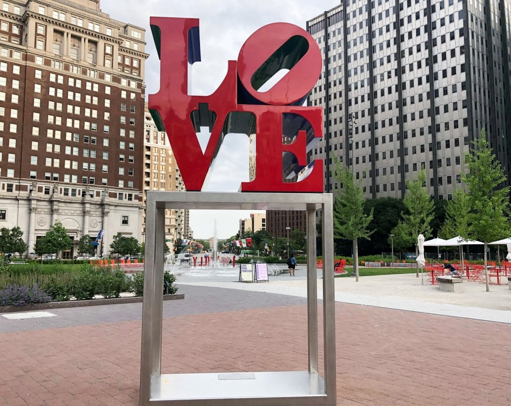 Fun things to do in Philadelphia - visit LOVE Park in Philadelphia